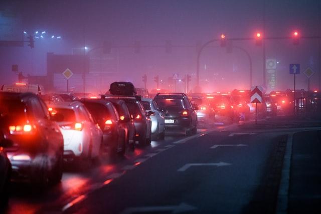 Dépendance à l'auto : Segmenter pour mieux comprendre, prédire et modifier les comportements de mobilité